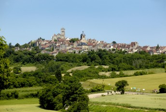 Basilica church and hill of Vézelay